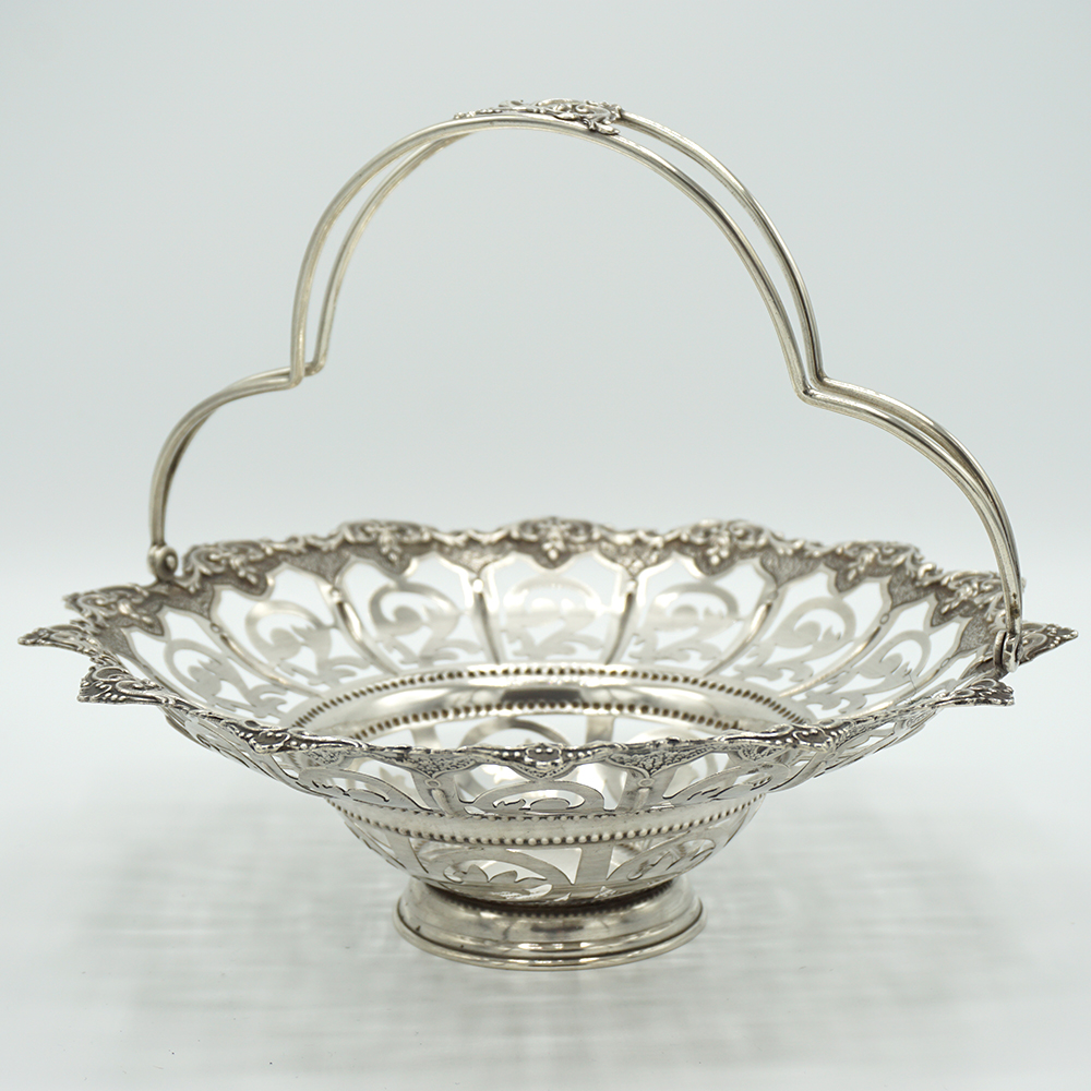 We sell Decorative Silver